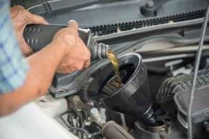 Changing Oil In Longmont, Colorado at Stonum Automotive